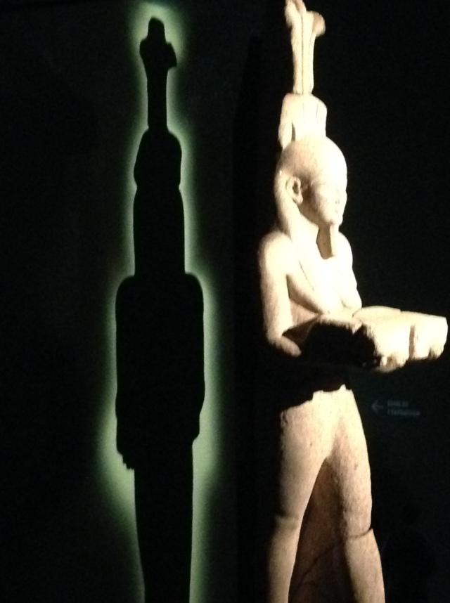 35 Faraon z cieniem