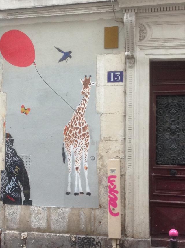 homme balon girafe