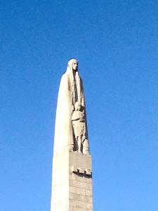GENOWEFA pomnik